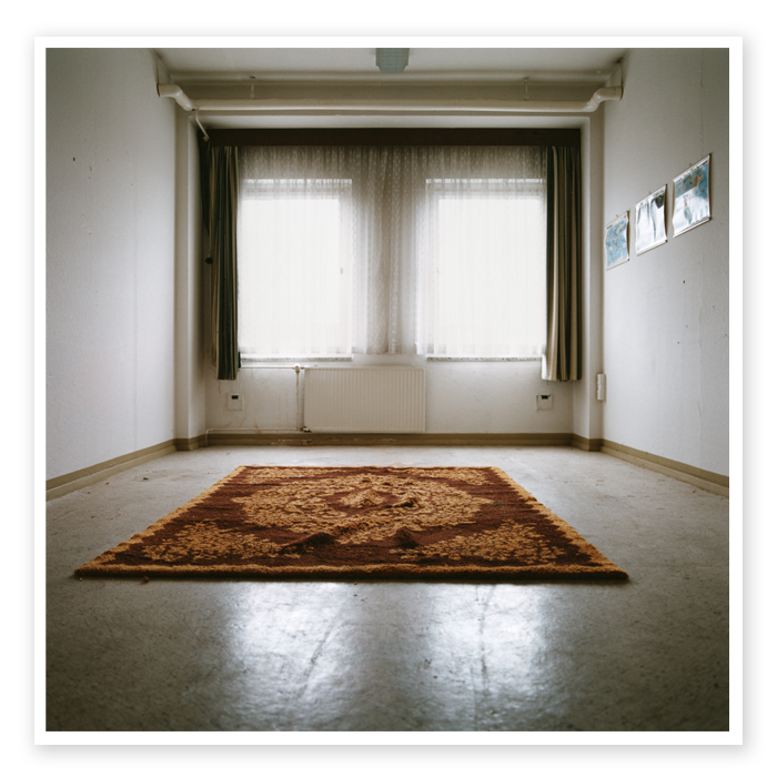 Final Report 09 | Room of a Stasi trainee with a perisian rug, presumably preparing for middle east operation areas